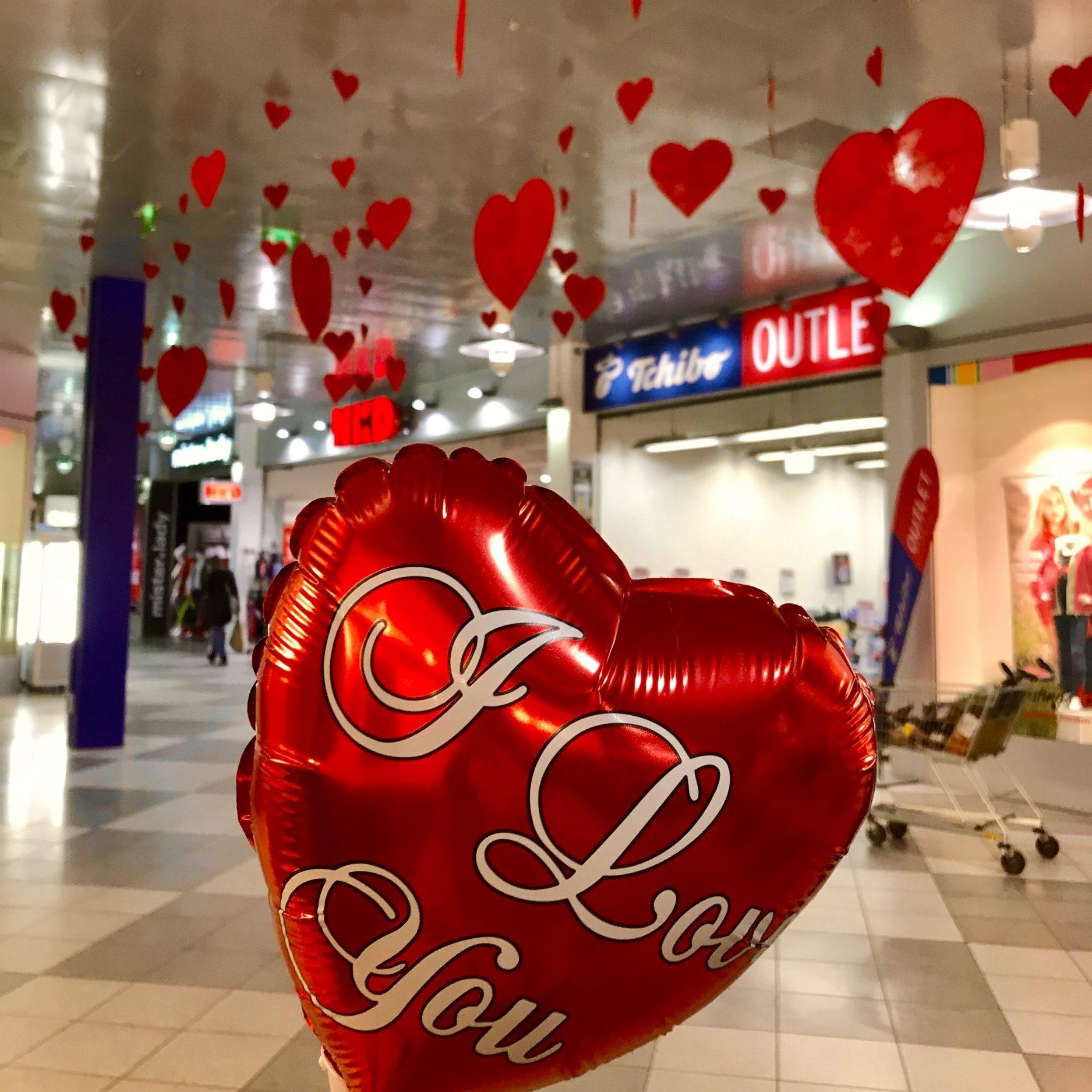 Wir verteilen Liebe im Center am FR, 14.02.2020 zw. 14 und 16 Uhr